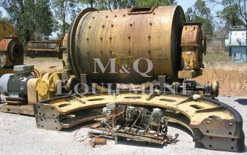 2400 x 3300 / Newell Dunford / Ball Mill